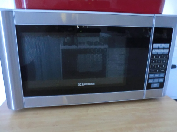 My microwave died.