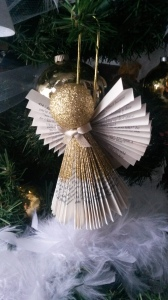 I added three of these angels to my tree after receiving them from my friend, Paula.