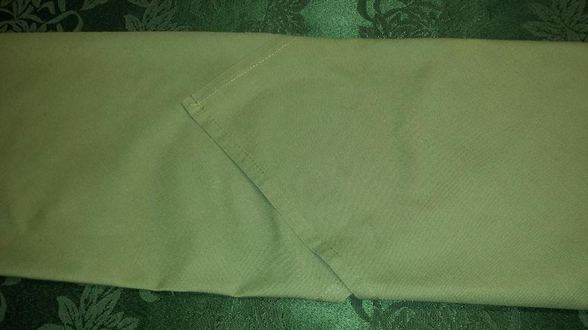 2 folded napkins