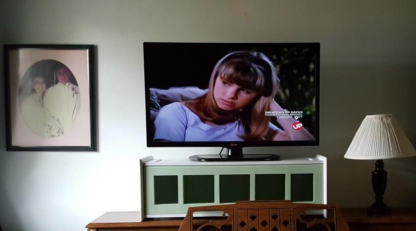 "CD Organizer Raised TV ""Surround Sight, Not Surround Sound"" frugalfish.org"