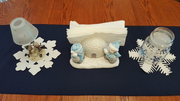 """Snowmen tablescape """"Whiter than Snow"""" frugalfish.org"""