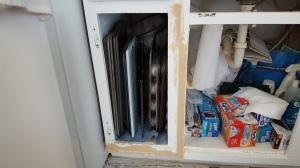 "Wood filler in cracks ""New Kitchen for Five Bucks"" frugalfish.org"