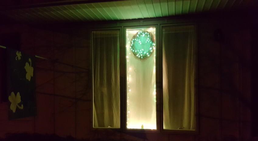 "Lighted Shamrock Wreath ""St. Patrick's Day 2017"" frugalfish.org"