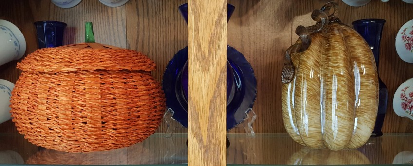 """Pumpkins in a China Cabinet """"2018 Thanksgiving Home Tour"""" frugalfish.org"""