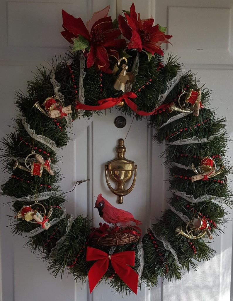 """Cardinal Christmas Wreath """"2017 Christmas Tour"""" frugalfish.org"""